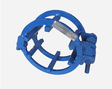 Manual single thread screw-rod-type external pipe line-up clamp